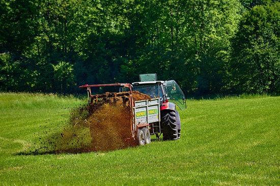 Best Liquid Fertilizers for Pastures 2