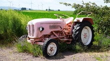Do Tractors Have Titles Pink Tractor