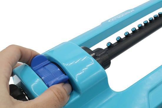 Aqua Joe SJI OMS20 Indestructible 4400 Sq. Ft Coverage Oscillating Sprinkler 2 Best Oscillating Sprinklers