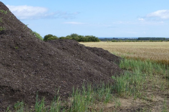 Much Does A Yard Of Topsoil Weight