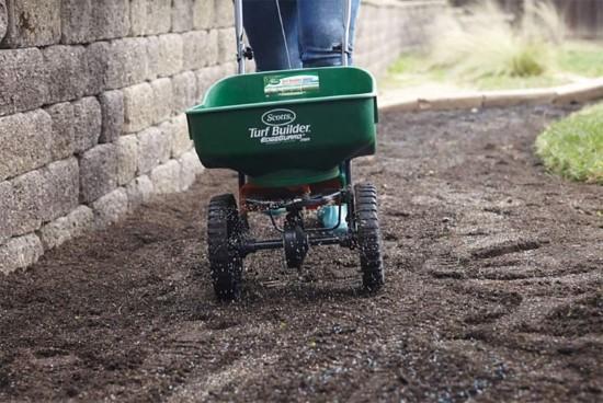 Scotts Turf Builder EdgeGuard Mini Broadcast Spreader When To Plant Zoysia Grass Seed 2